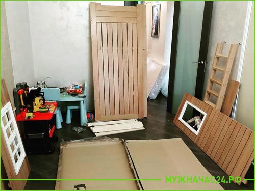 Начало сборки детской мебели
