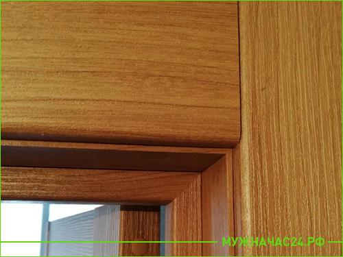 Результат установки облицовочной панели на дверь