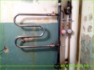 Замена полотенцесушителя и стояк отопления в ванной комнате
