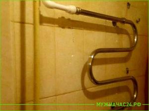 Работа по замене полотенцесушителя на пластиковые трубы