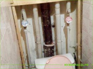 Установка водосчетчиков на трубы